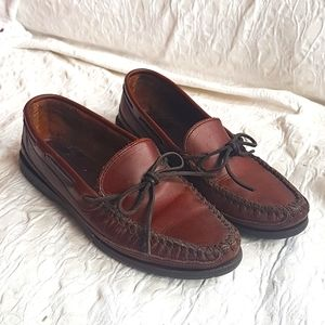 Vintage Minnetonka moccasin brown leather loafer